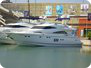 Fairline Squadron 68 - motorboat